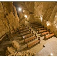 Capricorn Caves - solar power