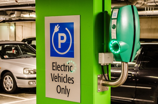 Electric vehicle sales to dominate new car market