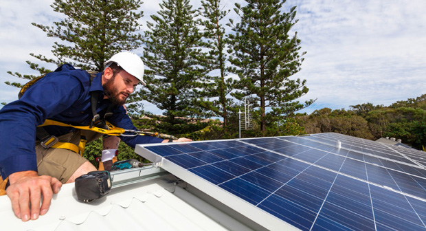 Solar-focused energy retailer, Australia's first, DC Power CO is calling for investors