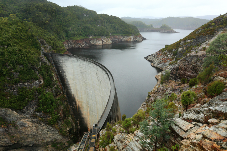This huge arch dam in Tasmania could serve as a giant energy storage system.