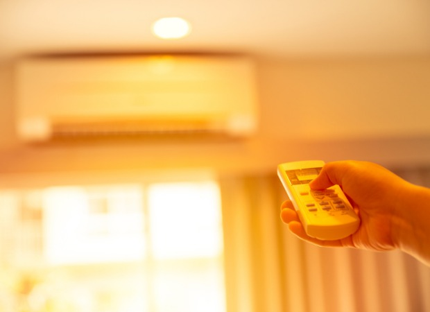 Heatwave protection:Running your air-conditioner on solar power during the sunniest part of the day lets you make the most of solar-generated energy.